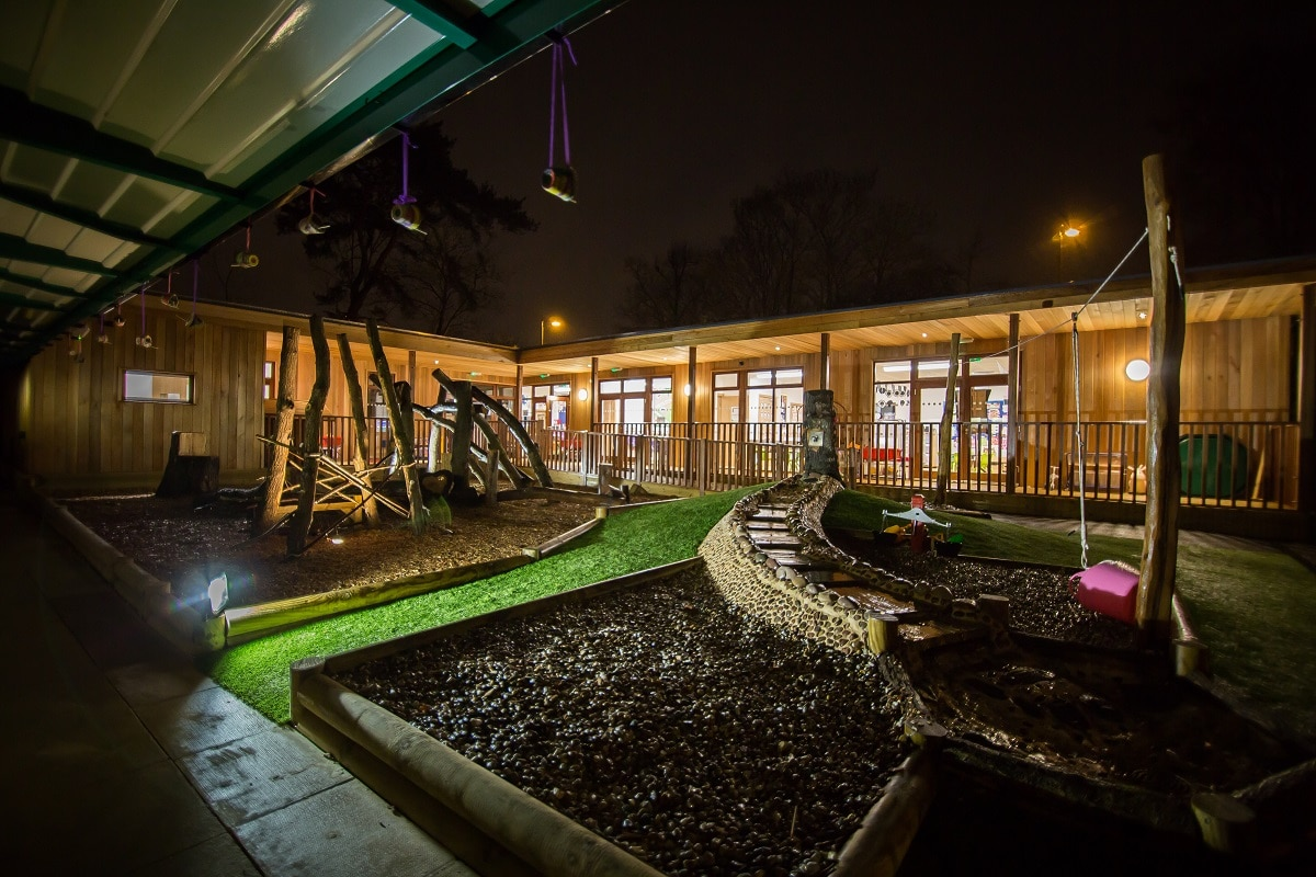 Eco-classroom at Bickley Park School by TG Escapes (7)_0.jpg