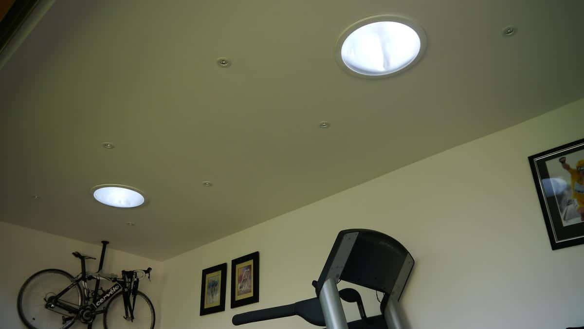 Garden Office with cycle training room showing sunpipes.JPG