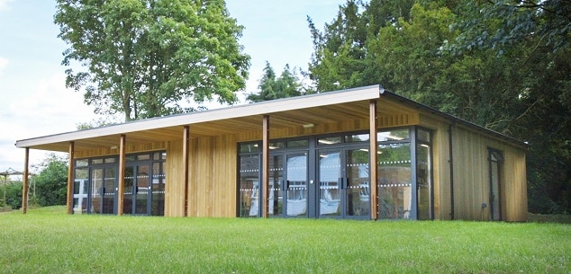 Swalcliffe Park School Performing Arts Studio by TGEScapes