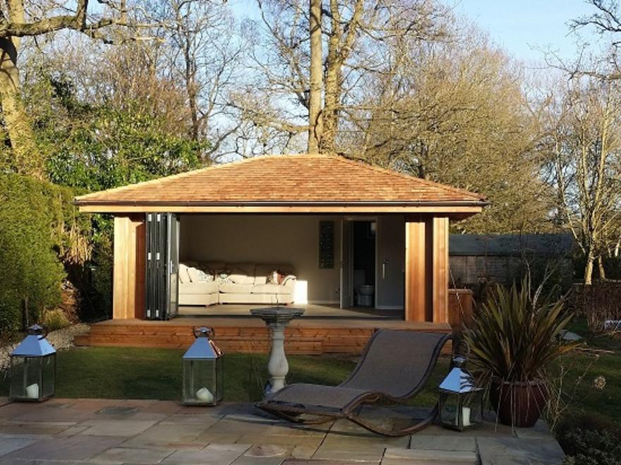 Garden Pool House In Surrey, Sept 2014 By TG Escapes