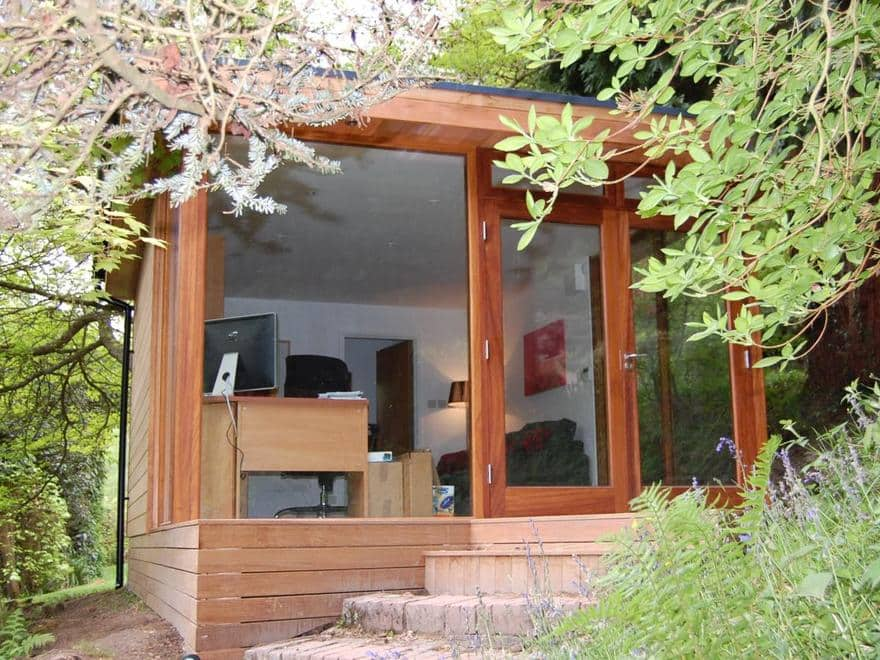 Garden Office in Surrey April 2008