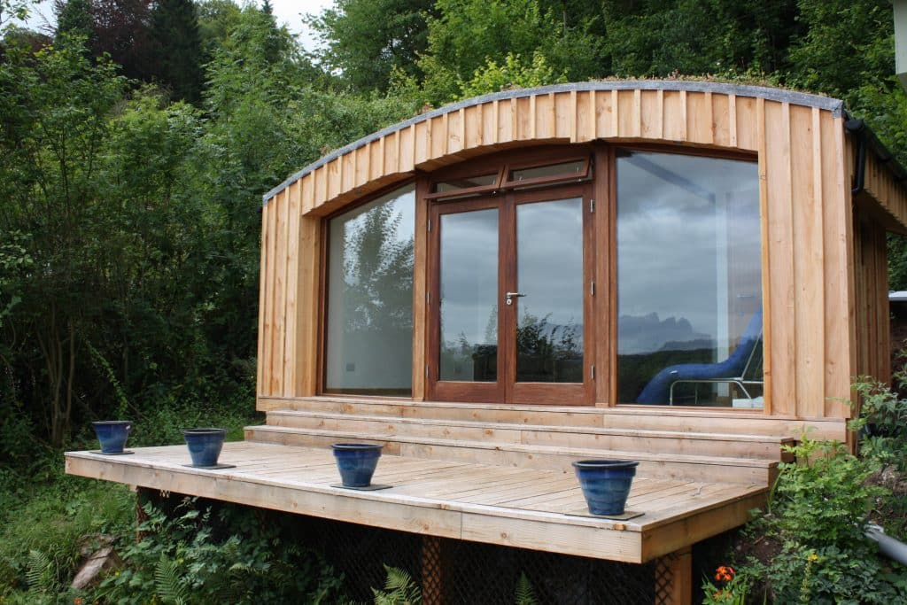 Garden Room with sedum roof by TG Escapes